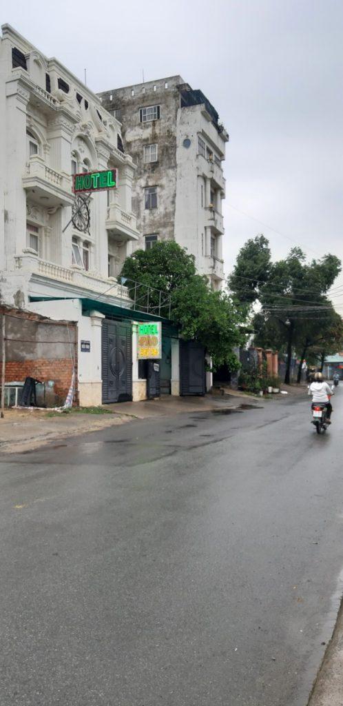 Bán khách sạn mặt tiền đường Làng Tăng Phú phường Tăng Nhơn Phú A quận 9 TP Thủ Đức